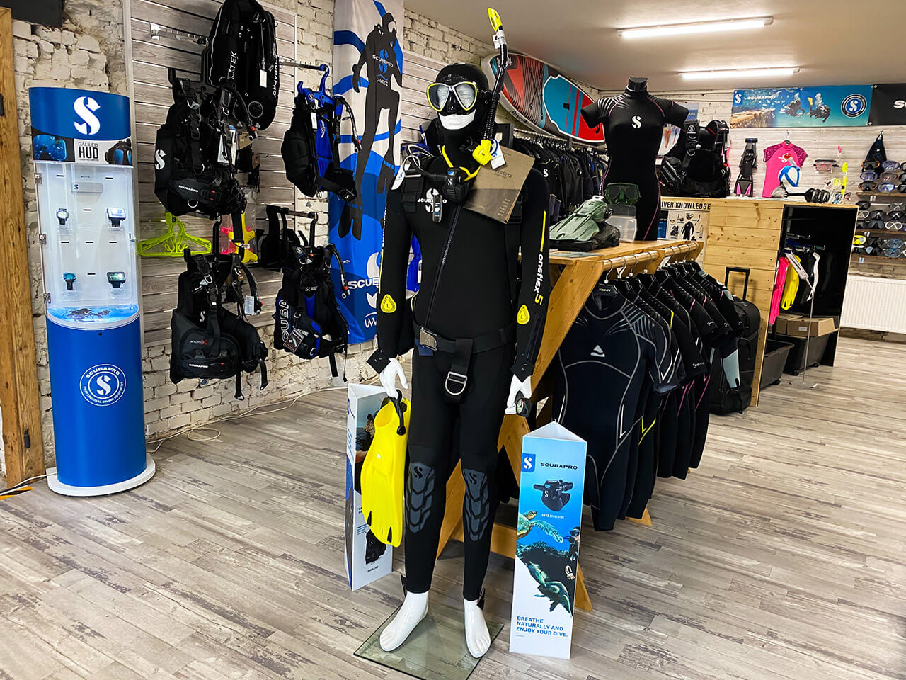 ALBE | ALBE Centrum potápění Brno - prodejna s výstrojí