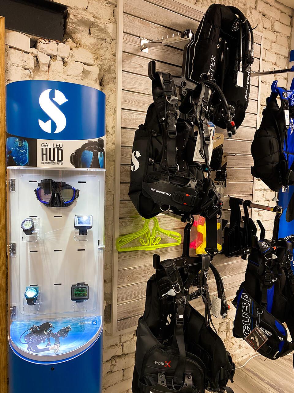 ALBE   ALBE Centrum potápění Brno - počítače Scubapro HUD, G2, A2