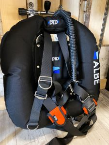 Technická výstroj potápěče - DTD Ring 20