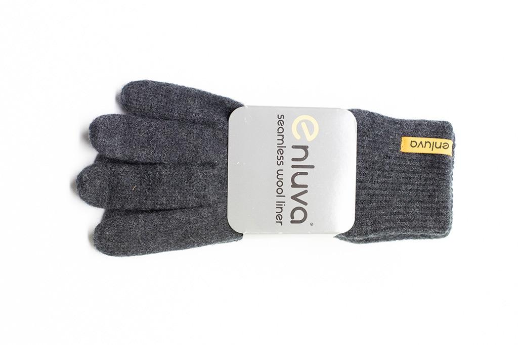 ALBE | Enluva vlněné rukavice – ideální vložky do suchých rukavic v prodeji.